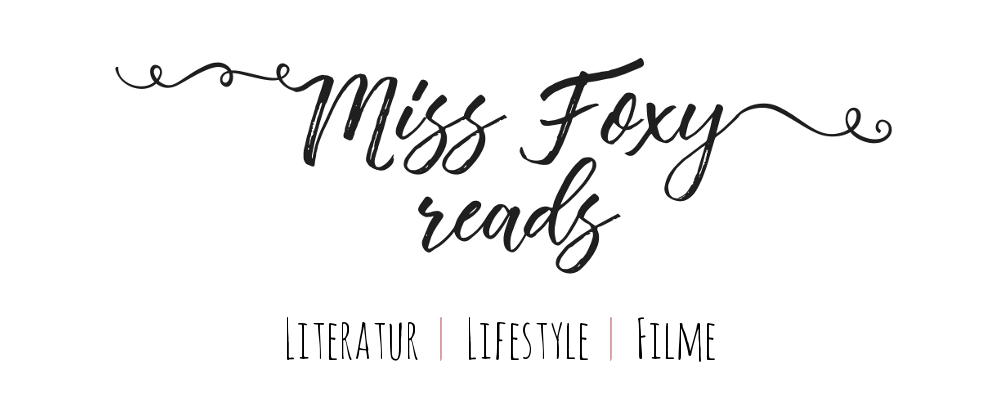 Miss Foxy Reads