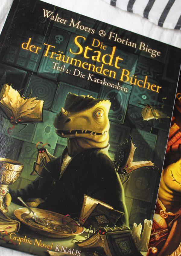 Rezension | Die Stadt der träumenden Bücher: Die Katakomben – Walter Moers und Florian Biege
