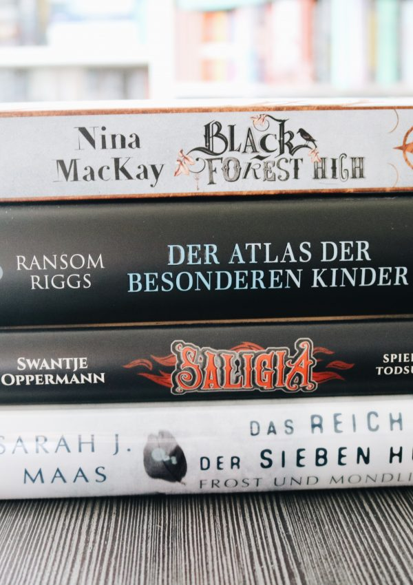 MiniReviews | Fantasybücher